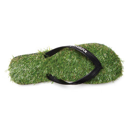KUSTOM SANDALS KEEP ON THE GRASS